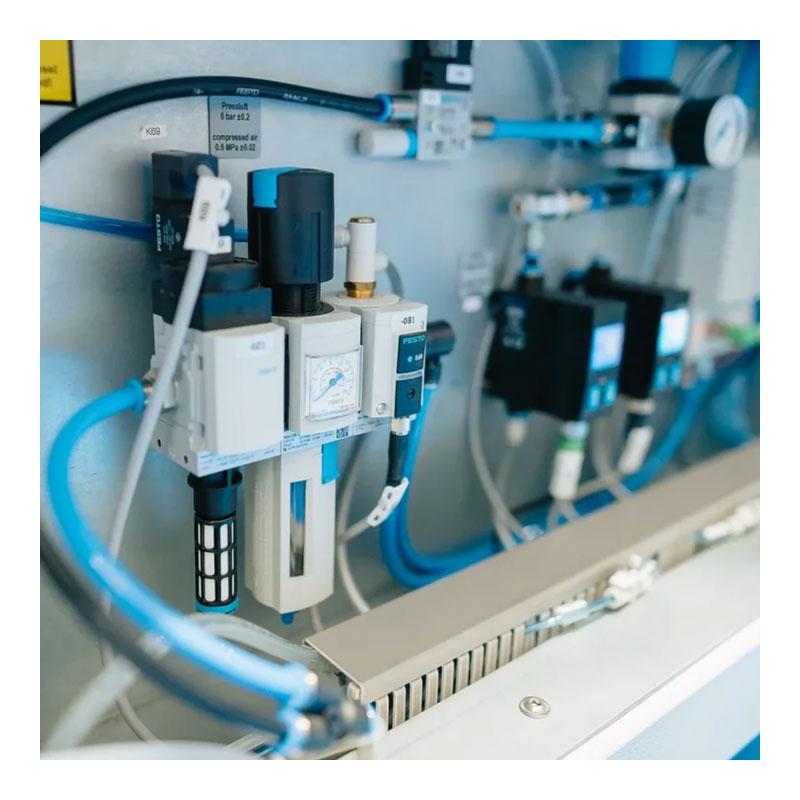 SEHO LeanSelect ꜛ установка селективной пайки выводных компонентов на печатной плате